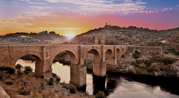 Puente de Alcántara:Guia Repsol
